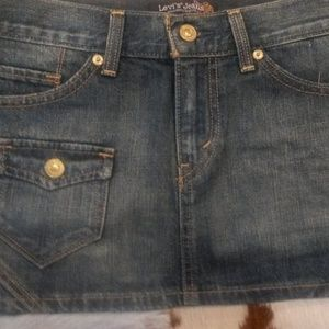 Levi's Jean Mini Skirt With Front Pocket